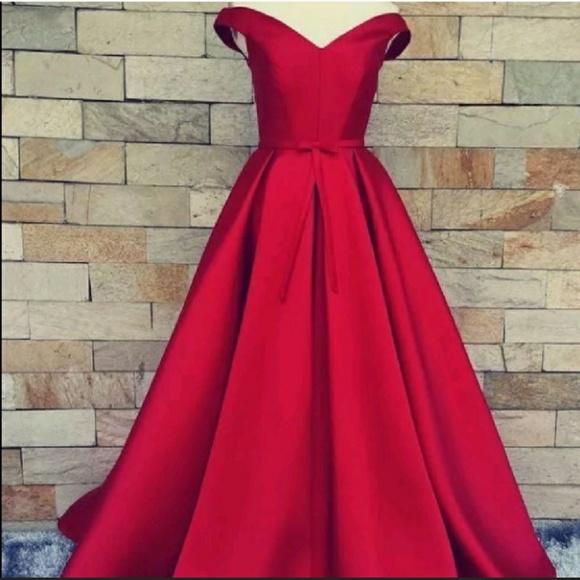 Dresses & Skirts - New off-shoulder satin gown